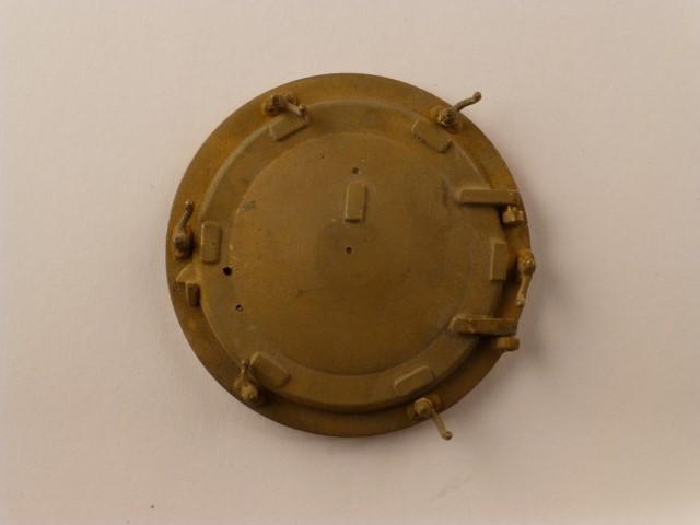 Rauchkammerdeckel mit öffnender Tür und  Vorreiber für BR80/81/64/86 (Kessel-Durchmesser 52mm)